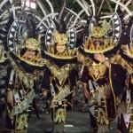 Fora das pistas: Carnaval – Desfilando no sambódromo em São Paulo