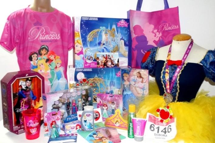 princesas-disney-princess-magical-run-2015-brancadeneve-aurora-cinderela-rapunzel-merida-anna-elsa-bela-ariel-tenis-corrida-caminhada-evento-disney-kit-770x513 (1)