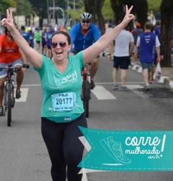 Uma das corridas que fui após voltar a treinar: A Maratona de São Paulo! Eu e a Eri fomos juntas e foi a melhor coisa!