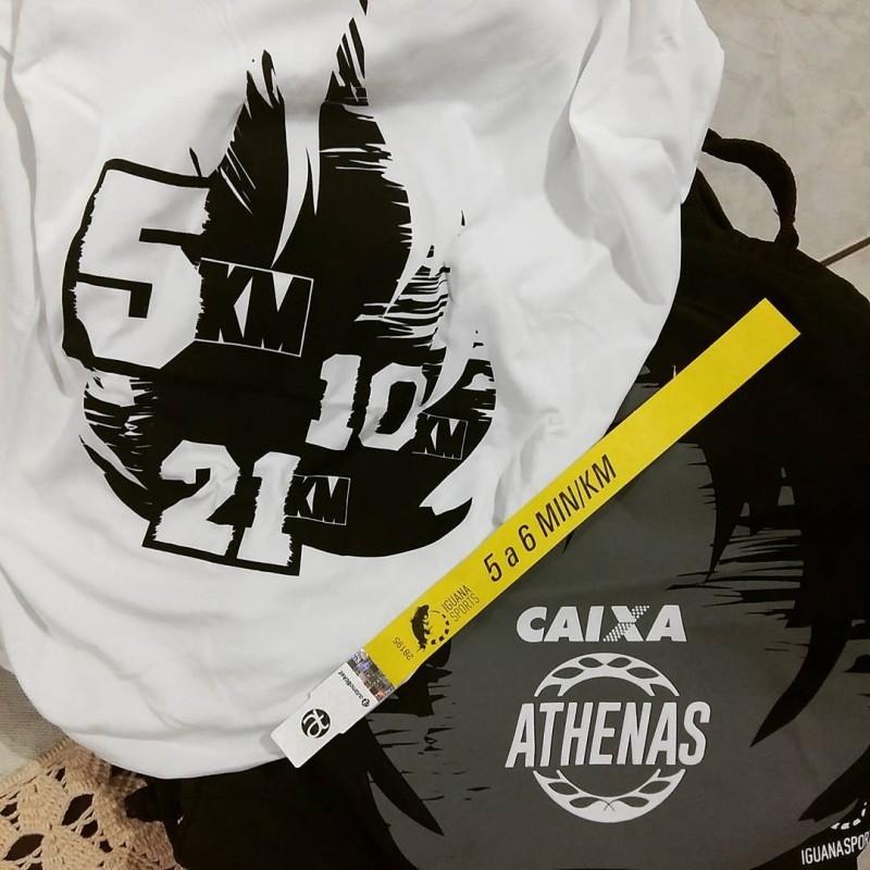 Para a última etapa da Athenas, a meta era correr com pace abaixo de 6, por isso a fita amarela.