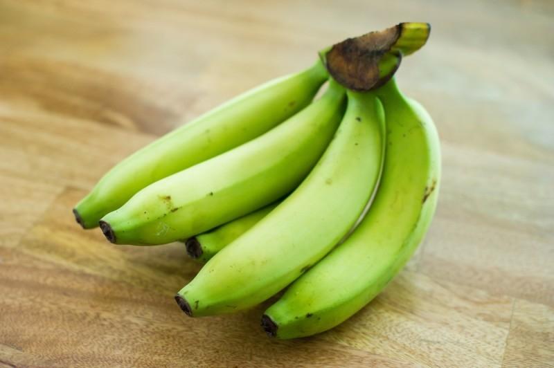 cacho-de-banana-verde