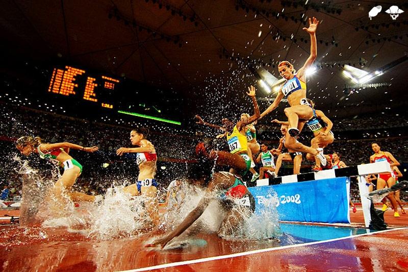 A primeira Olimpíada em que as mulheres disputaram os 3 mil metros com obstáculos foi a de Pequim, em 2008.