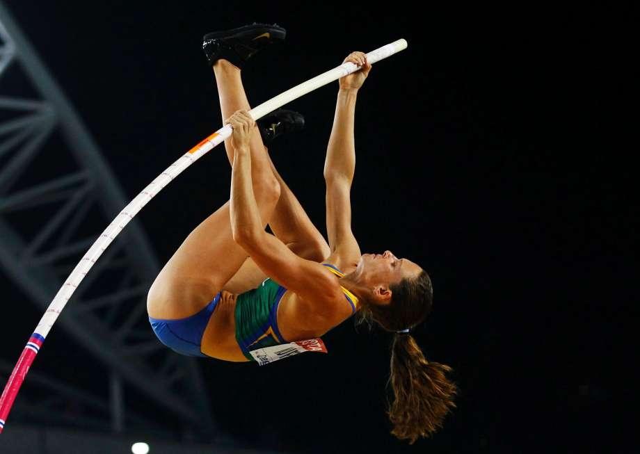 Fabiana Murer é a estrela brasileira do salto com vara.