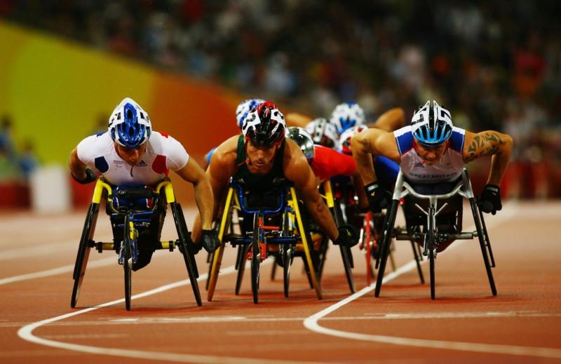 Atletas na final do T54 nas Paralimpíadas de Pequim, em 2008.