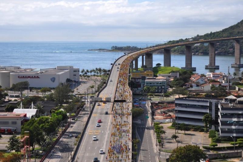 terceira-ponte-10-milhas-garoto-corrida-desafio